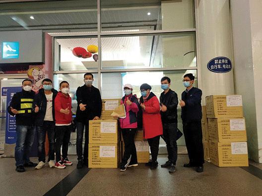 泰国石狮商会为故国抗击疫情捐献医疗物质