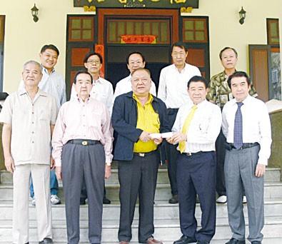 周昌江积极支持福建会馆会务工作高梧桐理事长特聘请其出任新届副理事长