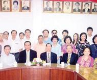 邓氏总会召开第五次全体理事会议邓繁荣理事长主持会议会上讨论通过四项议案
