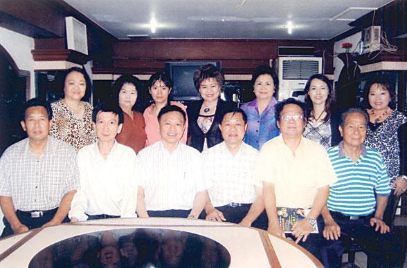 合大冠军杯歌唱赛即将进行初赛 总策划许木才访问泰南侨领期望遴选歌手参赛