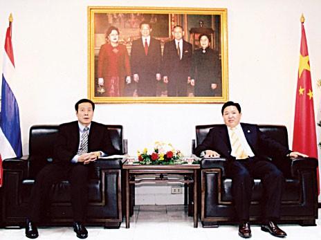东盟华商会邀商团莅访中国商会苏锦选主席热情接待袁光兴副主任一行