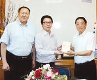正大集团代表访问江浙沪总商会共同探讨泰中贸易发展和寻求未来合作方向