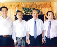 领导的关怀 宗亲的温暖蔡氏总会领导莅访泰中艺联会长、蔡氏总会副理事长蔡义批