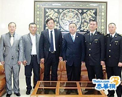 李桂雄会长一行参访潮州海关